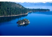 Amazing-US-Lakes-for-Summer-Vacation.jpg